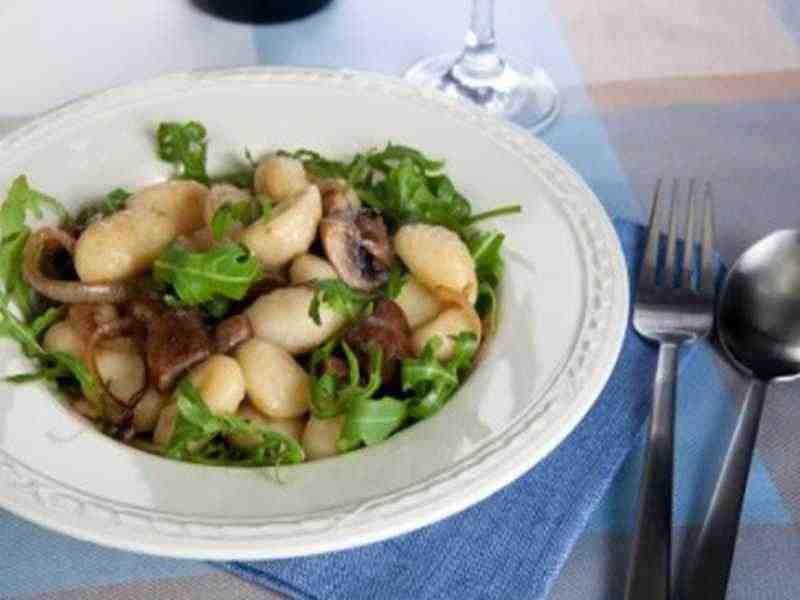 Gnocchi mit Rucola und Pilzen Rezept