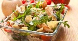 Zucchini-Nudelsalat