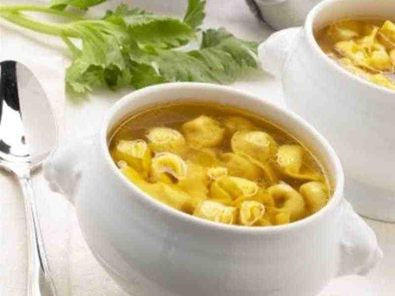 Tortellini-Zitronensuppe Rezept