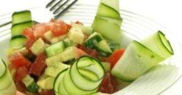 Zucchini Tomaten Salat
